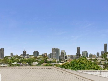 View profile: Rare Opportunity! City Views on Hawthorne fringe