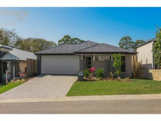 View profile: NEAR NEW ! Perfectly Positioned 4 Bedroom Home