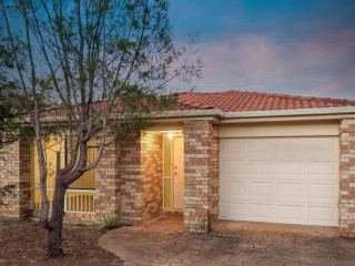 View profile: LARGE FAMILY HOME IN GREAT LOCATION