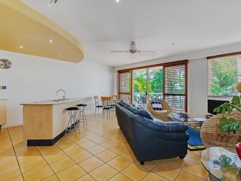View profile: Mariners Reach - Holiday across from the popular Noosa river