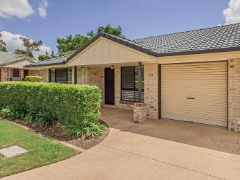 View profile: $10k PRICE REDUCTION FOR QUICK SALE!!!   POPULAR LOW SET VILLA - GREAT COMMUNITY TO LIVE IN