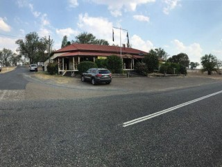 View profile: Popular Freehold Hotel In Tourist Hub - Mungungo, Qld