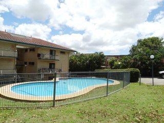 View profile: SPACIOUS 2 BEDROOM UNIT OVERLOOKING PRISTINE IN- GROUND POOL