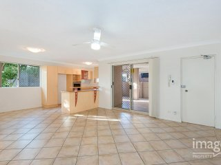 View profile: Great sized unit perfect for a 2 car family