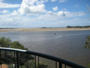 View profile: 2nd floor Three bedroom Unit With ensuite in the heart of Maroochydore