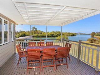 View profile: 500 metres of Maroochy River frontage