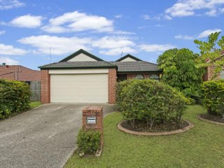 View profile: Beautiful Spacious Large Family Home