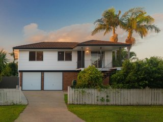 View profile: 625m2 Block with Incredible Potential for Improvements or Ready to be called Home as is!