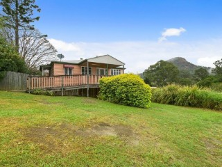 View profile: Queenslander Home With Separate Commercial Premises