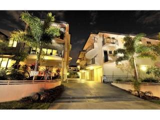 View profile: Modern & Spacious, Fabulous City & River View!
