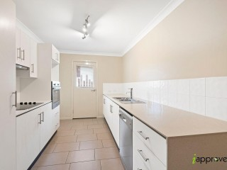 View profile: MODERN 1 BEDROOM IN CAPALABA