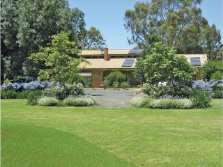 View profile: Country Retreat with 3.5 Acres of Stunning Gardens