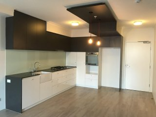 View profile: 1 Bedroom Unit with Car Park and Storage!