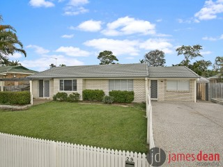 View profile: Fantastic Family Home with Air Conditioning & a Huge Yard