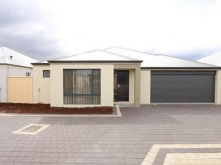 View profile: Large 3 x 2 Villa Plus Theatre in Seville Grove Only 1Y Old