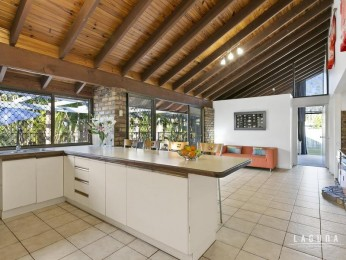View profile: Sold under the hammer!!