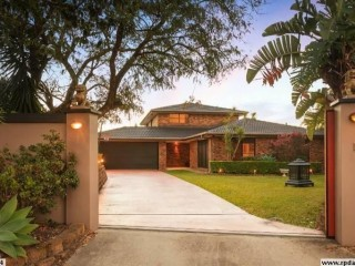 View profile: SPACIOUS EXECUTIVE HOME WITH POOL IN HOLLAND PARK - Inspections by appointment only.