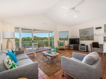 View profile: 50 Metres to the Noosa River for fishing, swimming and water sports.