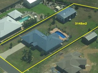 View profile: Executive Family Home in private estate in beautiful Wongaling Beach (Mission Beach) Queensland 4852