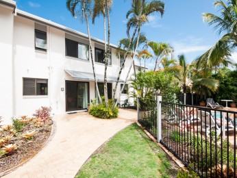 View profile: Brilliant Location - Munna Point Townhouse Gem