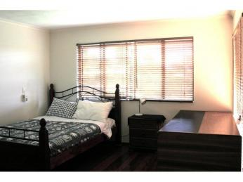 View profile: Master bedroom available in professional household, large, spacious, friendly & central!