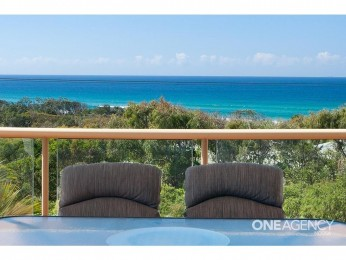 View profile: Vivid Panoramic Ocean Views & Just Minutes' Walk to the Beach
