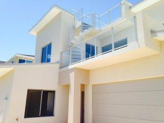 View profile: Ocean Side Villa
