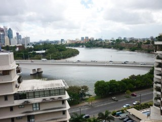 View profile: 37/228 Vulture St., South Brisbane, furnished 1 bedroom plus study apartment [87m2]