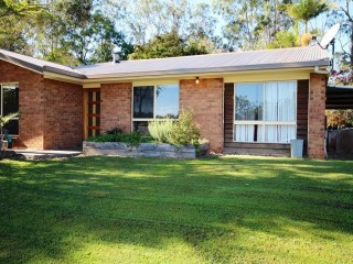 View profile: TIME FOR COUNTRY LIVING!