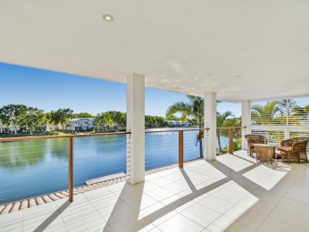 View profile: STUNNING NORTH FACING NOOSA WATERS HOME