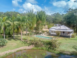 View profile: Private oasis provides dual living