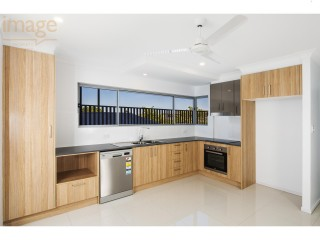 View profile: ENERGY SAVING & INTERNET READY - UP TO 100MB/S- SPACIOUS WITH 2X BALCONY - PETS CONSIDERED!