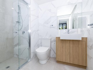 View profile: Brand New 2 Bedroom + 2.5 Bathroom Apartment
