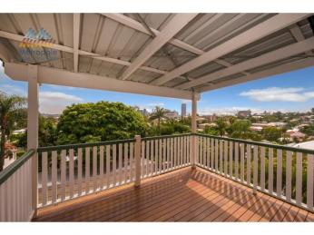 View profile: CITY VIEWS WITH STUNNING ART DECO FINISHES