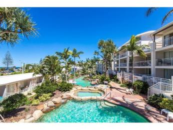 View profile: Alex Beach Front With Large Deck
