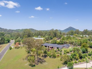 View profile: PRICE REDUCTION - unique style, quality and location