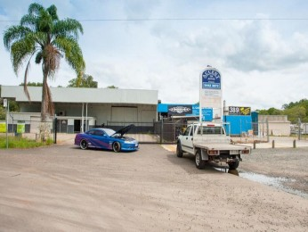 View profile: Ex Ray Grace Truck Centre is available to purchase!