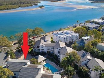 View profile: Prime Noosa River Front Property