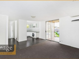 View profile: GREAT VALUE! IN THE HEART OF THE GABBA!