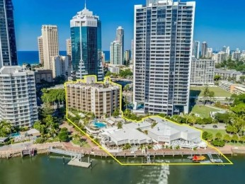 View profile: Surfers Paradise Waterfront Landmark