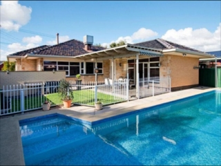 View profile: 4 bedroom family home at glenelg with pool