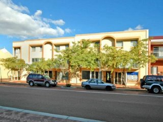 View profile: Mixed use building in Joondalup CBD