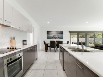 View profile: Spacious Buderim Home