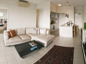 View profile: Spacious and light 2 bedroom apartment with large balcony