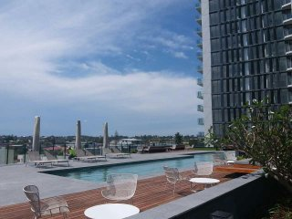 View profile: Coorparoo Square 1 bed 1 bath Brand New Apartment for Rent. Available from 26th Oct