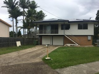 View profile: 3 BEDROOM HOME RECENTLY RENOVATED