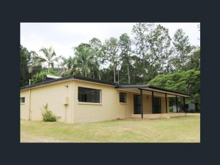View profile: LIFESTYLE PROPERTY FOR SALE