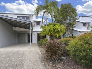 View profile: Wouldn't it be nice to own a holiday property in Noosa! Here is your chance!