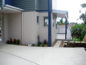 View profile: NEAR NEW TOWNHOUSE