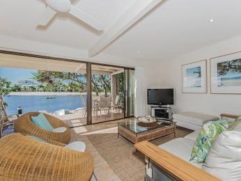 View profile: Bella Vista - Absolute North Facing Noosa River apartment